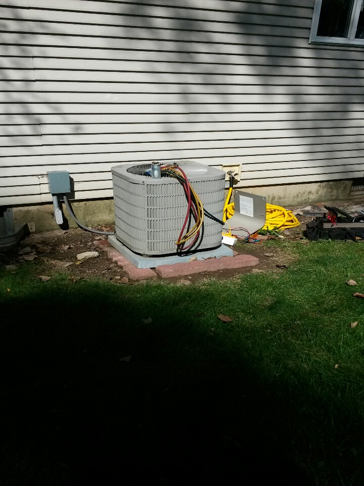Millersburg, IN - goodman ac system not working
