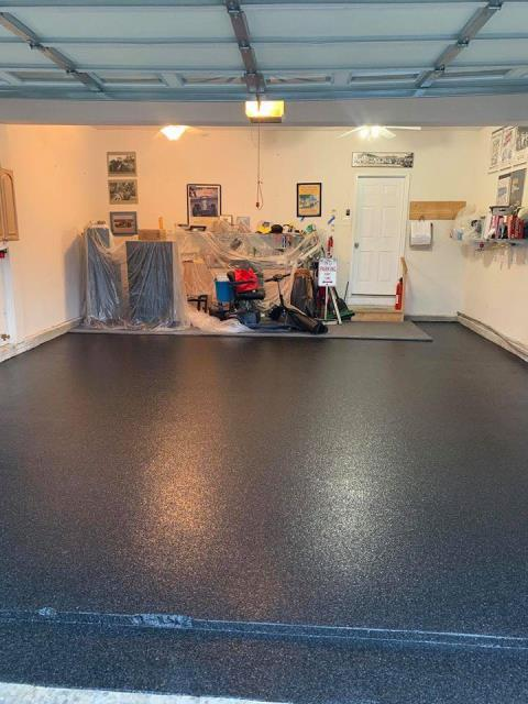 Martinsburg, WV - Update your garage with the Epoxy Chip system! Provided in multiple color combinations! Give us a call for a free estimate today!