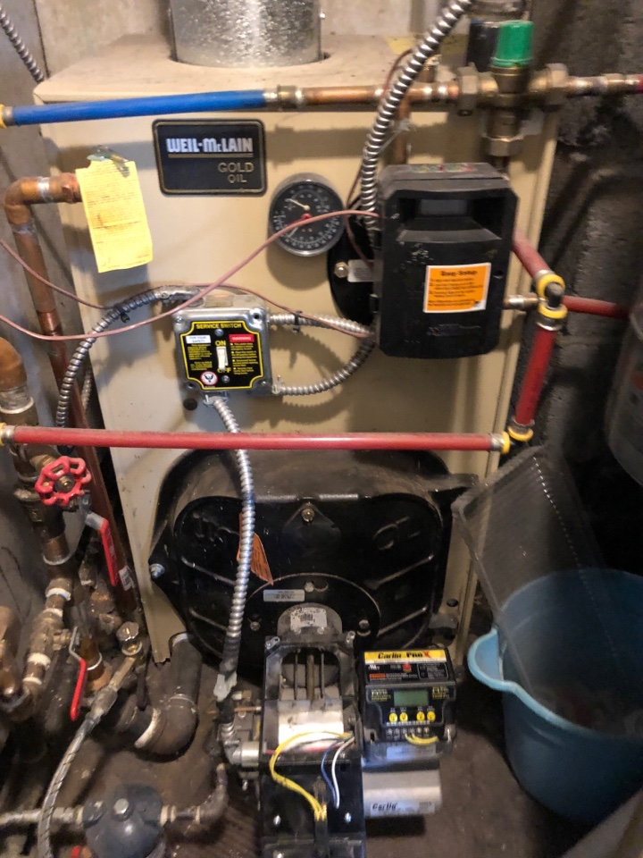New Britain, CT - Performing annual maintenance on Weil  McLain oil boiler