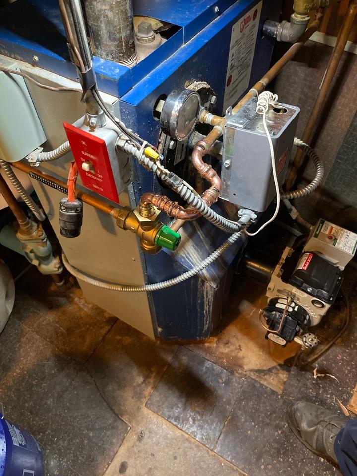 Berlin, CT - Replacing mixing valve on Utica boiler