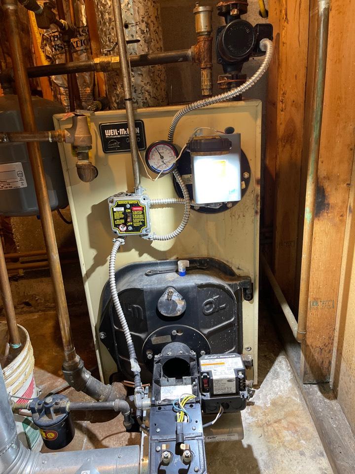 Southington, CT - Servicing Weil McLain boiler