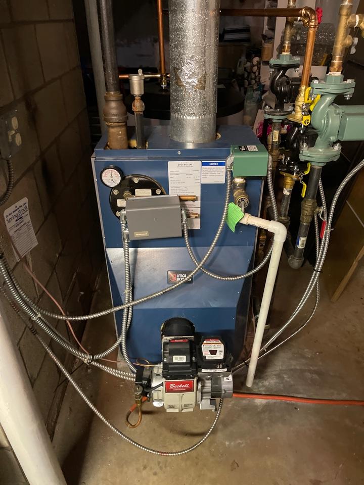 Canton, CT - Servicing Utica Boiler