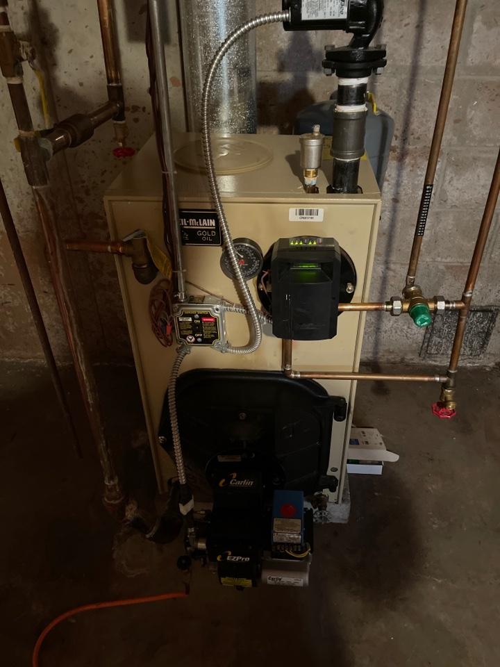 Berlin, CT - Servicing Weil McLain boiler