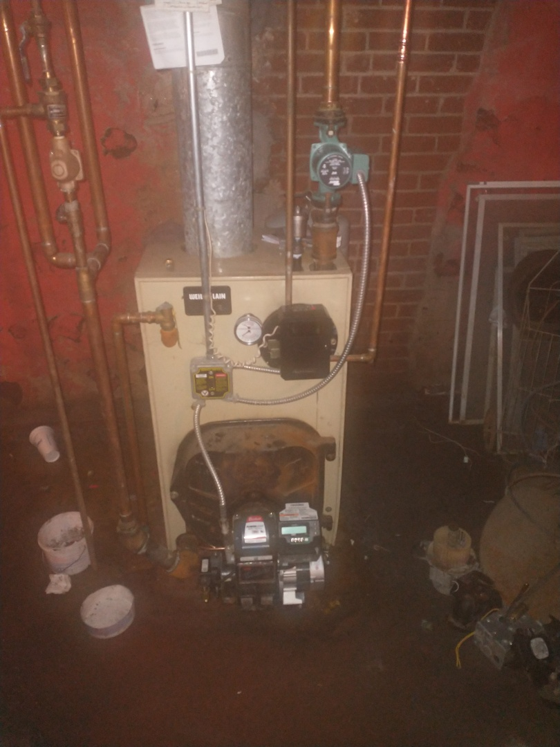 New Britain, CT - Replacing all boiler controls on a Weil McLain oil boiler that the basement flooded.