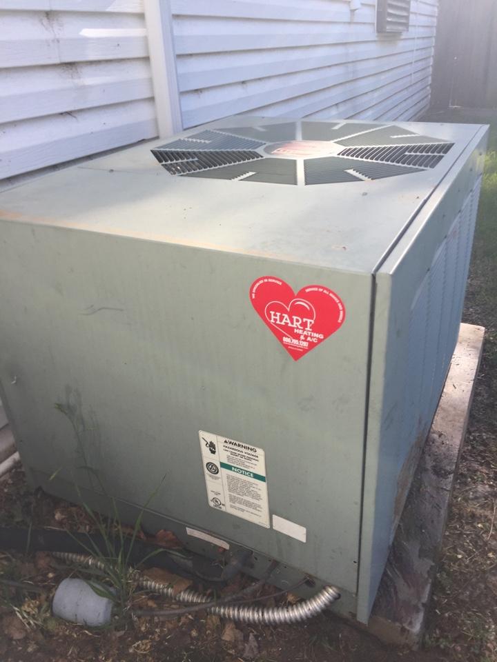 Slaton, TX - Repair Rheem AC outdoor fan