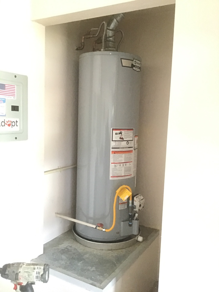 Oro Valley, AZ - Plumbing inspection and water heater flush