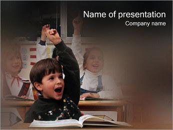 Allievo I pattern delle presentazioni del PowerPoint