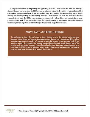 Marteau en bois et livres sur la table en bois, sur fond brun Les clichés de dictionnaire - Page 5