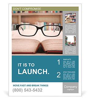 Primer plano de las gafas de lectura en el libro. un disparo en la biblioteca Poster