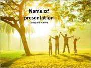 Famiglia nella sosta di autunno I pattern delle presentazioni del PowerPoint