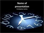 Часы с движущимися руку на черном фоне Шаблоны презентаций PowerPoint