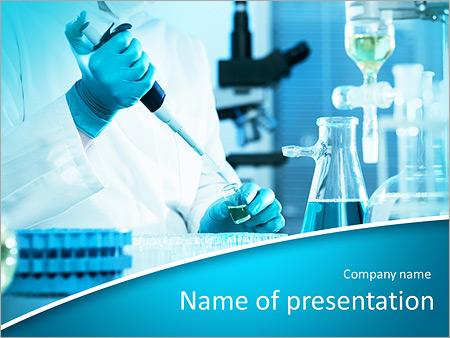 Des experts analysent en laboratoire Modèles des présentations  PowerPoint