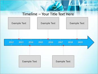 Des experts analysent en laboratoire Modèles des présentations  PowerPoint - Diapositives 8