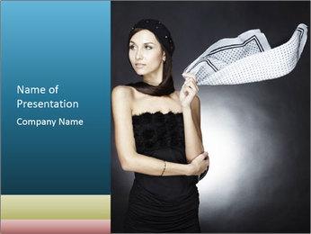 Femme mince dans l'équipement noir Modèles des présentations  PowerPoint