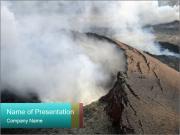 Nebezpečná sopka kouře PowerPoint šablony