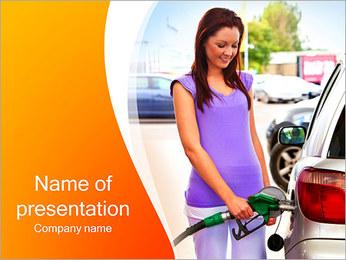 Femme à la station essence Modèles des présentations  PowerPoint - Diapositives 1