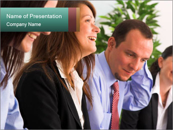 Informal Business Meeting Plantillas de Presentaciones PowerPoint