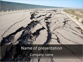Beschadigde Weg Sjablonen PowerPoint presentatie