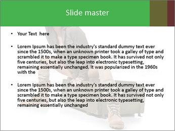 0000063130 PowerPoint Templates - Slide 2