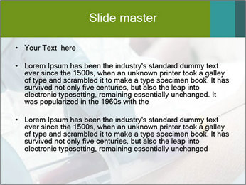 0000071748 PowerPoint Template - Slide 2