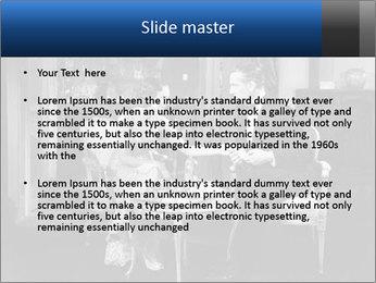 0000071919 PowerPoint Template - Slide 2