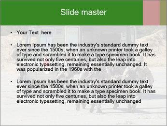 0000072773 PowerPoint Templates - Slide 2