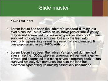 0000077582 PowerPoint Templates - Slide 2