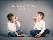 Niño jugando con teléfono lata conectados por cadena Plantillas de Presentaciones PowerPoint
