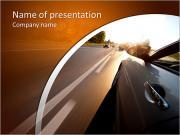 Belle voiture roulant à grande vitesse, été Modèles des présentations  PowerPoint