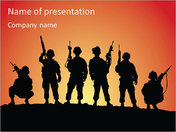 Silhouettes grupy soldiers at sunset PowerPoint Template