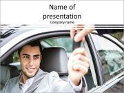 Le mec prend les clés de voiture Modèles des présentations  PowerPoint