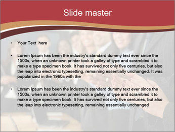 0000082374 PowerPoint Template - Slide 2