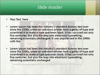 0000085452 PowerPoint Templates - Slide 2
