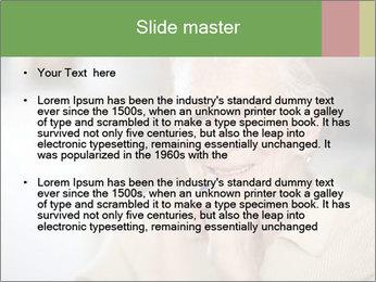 0000085818 PowerPoint Templates - Slide 2
