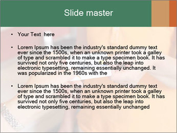 0000086410 PowerPoint Template - Slide 2