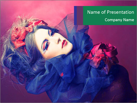Queen of hearts PowerPoint Templates