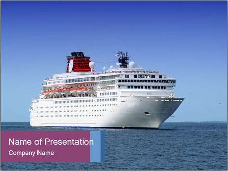 Big cruise liner PowerPoint Template