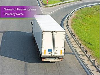 Truck On Road Modèles des présentations  PowerPoint
