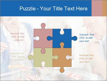 Senior couple playing Bingo PowerPoint Templates - Slide 43