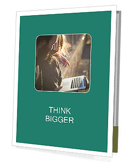0000091242 Presentation Folder