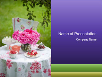 Picnic table PowerPoint Template - Slide 1