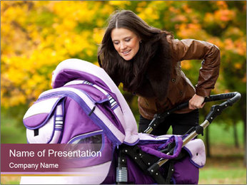 Happy mom PowerPoint Template