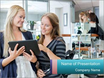 Young female customer Plantillas de Presentaciones PowerPoint
