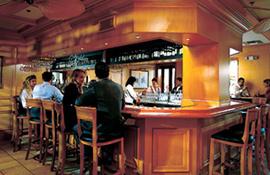 Riverside Hotel the Golden Lyon Pub