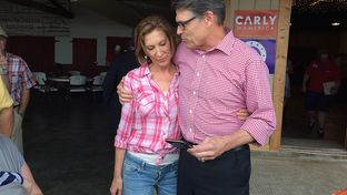 Former Hewlett-Packard CEO and presidential hopeful Carly Fiorina joins Rick Perry on the campaign trail in Kimballton, Iowa.