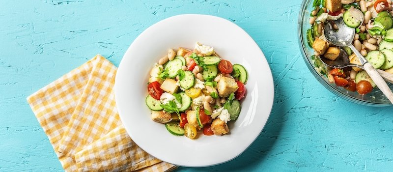 HelloFresh recipe including chickpeas and fresh vegetables
