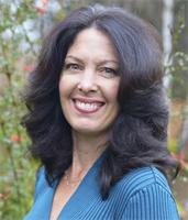 Michelle Farris, Owner