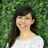 Dena Norton, Holistic Dietitian