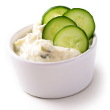 Radish-yogurt dip with pita chips
