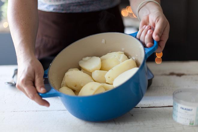 Potatoes-in-pot